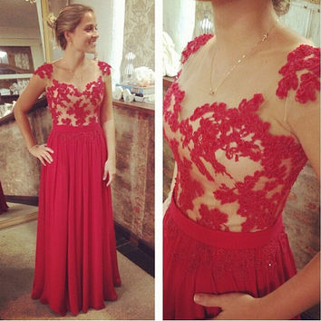 Elegant Red Long Lace Prom Dresses