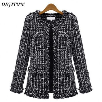 Cool Autumn winter Hot women jacket Slim thin  checkered Tweed coat Large size casual O-Neck Plaid Jacket with pocket loose outwearAT_93_12