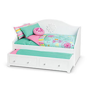 American Girl® Furniture: Dreamy Daybed & Bedding