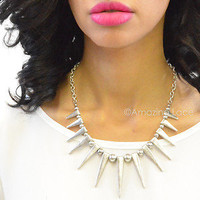 New Antiqued Silver Spiked Necklace Spikes Trendy Fashion Jewelry