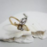 Vintage Ring: 14k Gold and Diamond