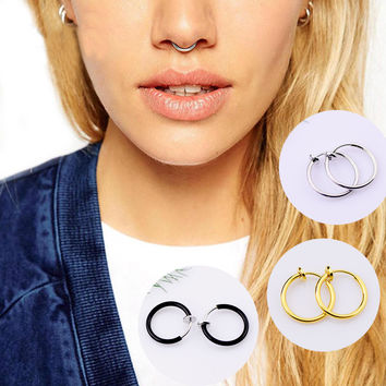 New Fashion Clip On Fake Nose Hoop Ring Ear Septum Lip Navel Earrings Body Non Piercing Black Drop Shipping Christmas