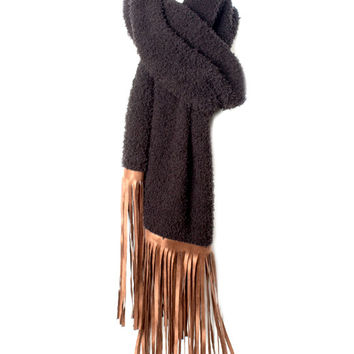 Judith March Cozy Knit Scarf With Fringe Detail (Black)