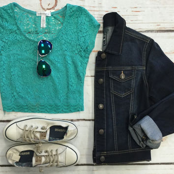 You are My Sweetheart Lace Crop Top: Mint