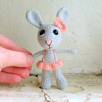 Plush bunny with a skirt, crochet miniature doll, tiny animals, tiny bunny, cute plushie doll, crochet toys, amigurumi doll, plush toy