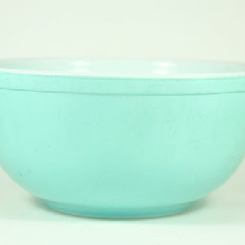 Aqua Blue Pyrex Mixing Bowl by LilytheDogVintage on Etsy