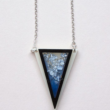 Triangle Necklace with Silver Flakes and Blue Dye by Rosa Pietsch
