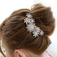 niceEshop(TM) Beautiful Jewelry Flowers Crystal Hair Clips - for hair clip Beauty Tools