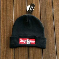 Black street fashion supreme Embroidery Knit Cat Unisex Hat
