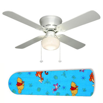 """Tigger and Winnie the Pooh Toss 42"""" Ceiling Fan and Lamp"""