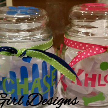 DogTreat canister Jar, CatTreat Canister,Customized vinyl with your pets name , Personalized Treat Jar for Pets ,Dogs and Cat treats