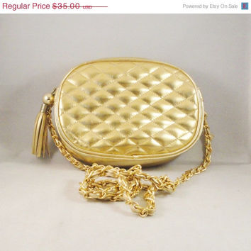 SALE Vintage Quilted Purse 80s 90s Metallic Gold Leather Leather Braided Chain Strap Tassel Pull  FASHION TREND Metallics