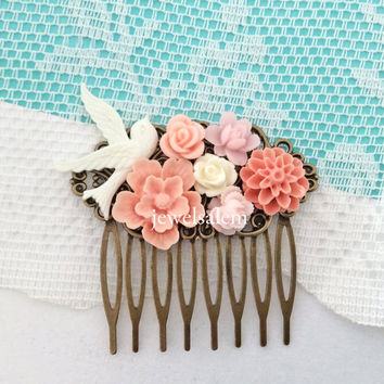 Pink Hair Comb Blush Floral Comb Soft Pink Wedding Pastel Color Shabby Chic Romantic Vintage Style Pink and White