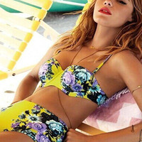 Floral Printed Hot Sexy Women Two Piece Swimsuit Bathing Suit Bikini Set _ 159
