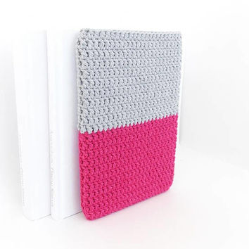 Lenovo Tab 4 dual color tablet cover, Galaxy Tab E sleeve, vegan iPad mini sock, Xiaomi Mi Pad pouch, ZTE X View cozy, crochet tablet cover