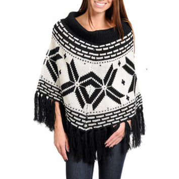 Stanzino Women's Scoop Neck Cable Knit Poncho with Fringe Detail | Overstock.com