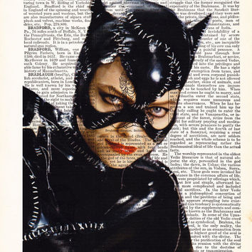 WALL Art Catwoman- Gift for friend- Vintage Book- Boyfriend Gift- Poster Print- Gift Husband- Gift For wife- Book Page-Art Print Poster