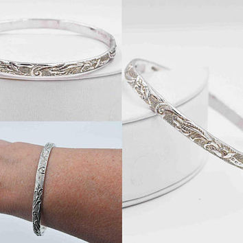 Vintage Taxco Sterling Silver Bangle Bracelet, Mexico, Floral, Flower, Scroll, Textured, Chased, Stackable, Stacking, Nice! #b988