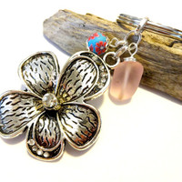 Feminine Flower Keychain, Pink Sea Glass Wire Wrapped Key Chain, Pretty Pink Accessories, Beach Glass Key Ring, Gift For Her Under 20