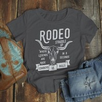 Women's Rodeo T Shirt Cowboys Vs. Bulls Shirt Vintage Cow Skull Graphic Tee Straddle Up