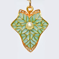 18 Karat Art Nouveau Plique-A-Jour Leaf Pendant with Rose Cut Diamonds and Pearl