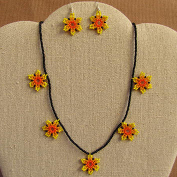 Huichol necklace earrings beaded Mexican Folk Art Mexico Hobo Flower # H03