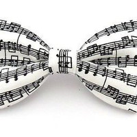 Men Musical Notes / Sheet Music Black/White Clip On Bow Tie-New in Box!