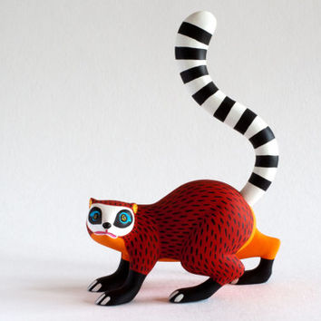 LUIS PABLO : Red Racoon