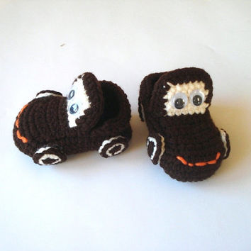 brown Cars Baby Booties, baby slippers, newborn shoes, crochet baby taxi booties 0 12 month baby, crochet baby shoes, baby socks