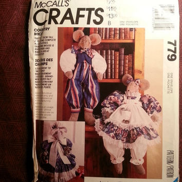 Uncut 1992 McCall's Sewing Pattern, 779! Country Mice Stuffed Doll/Doll Clothes/Doll Accessories/Home Decor/Stuffed Animal Toys