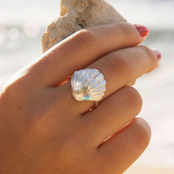 Fine and Sterling Silver Sunrise Shell Ring