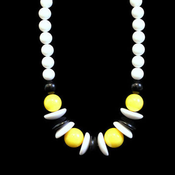 Vintage 1980's Chunky Bead Necklace Statement necklace Large Bead Necklace
