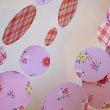 Paper Garland, Paper Decoration, Red en Pink Bunting, Photo prop, Party decoration, Paper Banner, Cute Garland, Whimsical Bunting