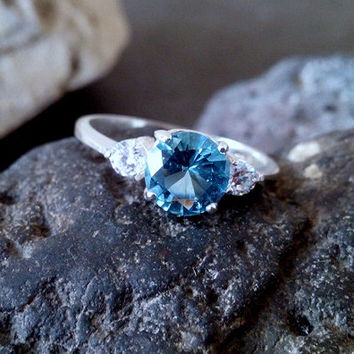 SALE!Blue topaz ring,december birthstone, delicate silver ring,small three gemstones ring,silver stacking ring,topaz ring,quartz ring