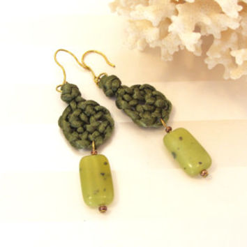 Green Celtic Earrings Natural Stone Bead Jasper Circle of Life Knot Chinese Knotting Cord Gift for Mom Well Wishes Celtic Wedding Boho Style