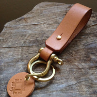 Handmade Leather keychain with shackle brass, Belt Keychain, Leather Gift, Men Keychain