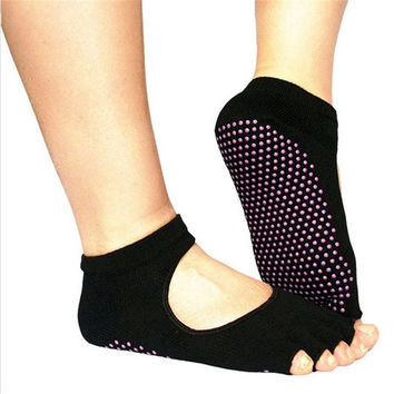 2015 New Unisex Sports Cotton Sport Socks Backless Home Yoga Toe Fiver Finger Socks Non-slip Yoga Socks for Women Men = 1932504388