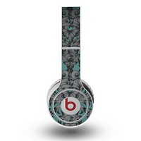 The Teal Leaf Foliage Pattern Skin for the Original Beats by Dre Wireless Headphones