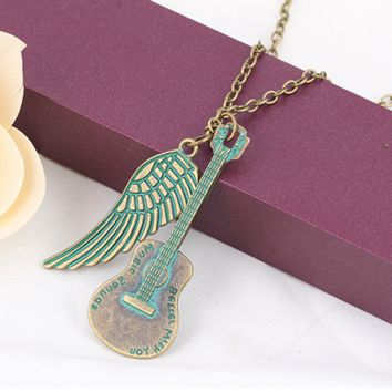 Fashionable love guitar wings necklace jewelry pendant