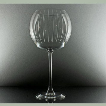 Mikasa Crystal Clear Vertical Stipe Etched  Balloon Wine Glass