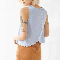 Dee Elle Scallop Back Sleeveless Chambray Blouse