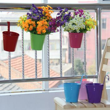 Colorful Metal Iron Flower Pot Hanging Balcony Flowers Holder Garden Planter Bucket with Removable Hook Home Decor