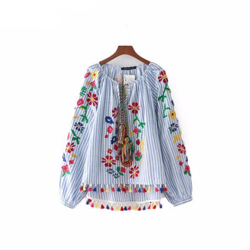 Floral embroidery tassel blouse