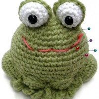 Frog pincushion | Crochetedlittlethings - Needlecraft on ArtFire