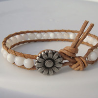 Shell Beaded Leather Bracelet with Daisy Button