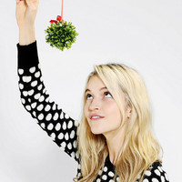 Mistletoe Pointer Wand - Urban Outfitters