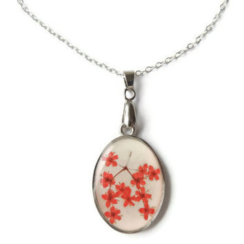 Dried flowers pendant. Real flowers necklace. Red pendant. Botanical jewelry. Red jewelry. Pressed flowers in resin.