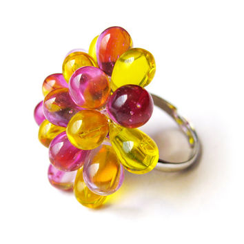 Berry Ring Yellow & Pink - Funky Rings, Glass bead cluster ring, Colourful cocktail ring, Bridesmaid gift, Beaded ring, Glass ring
