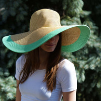 Breaking of the Day Floppy Hat