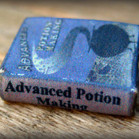 """Advanced Potion Making"" textbook from Harry Potter in tiny half inch scale by LittleWooStudio"